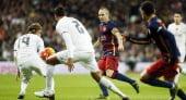 برشلونة يقهر ريال مدريد برباعية في عقر داره (شاهد ملخص الأهداف)